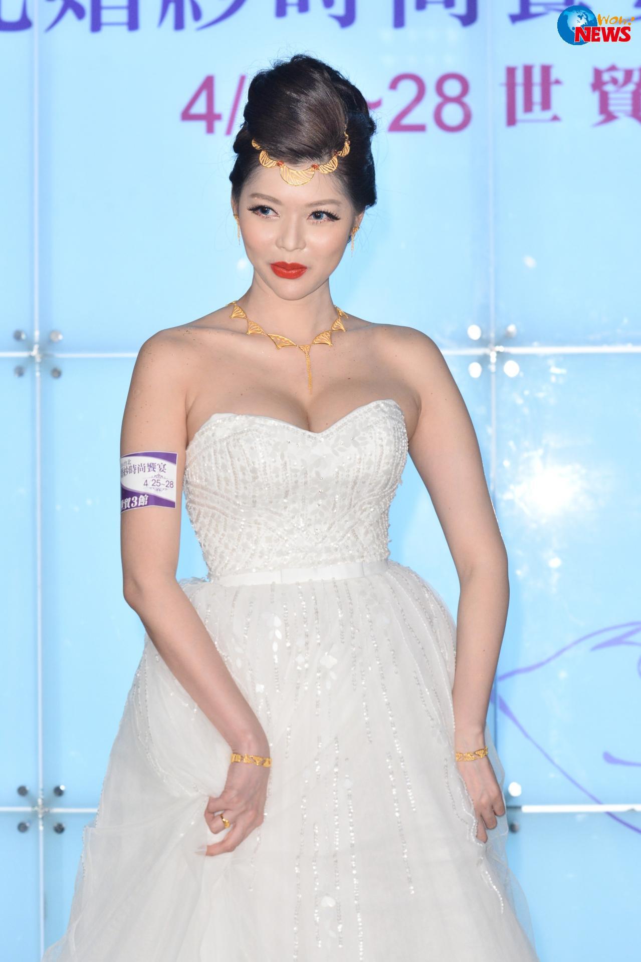 殷琦化身百萬金妝新娘 金爍爍為婚紗博覽會揭幕 | Wow!NEWS新聞網